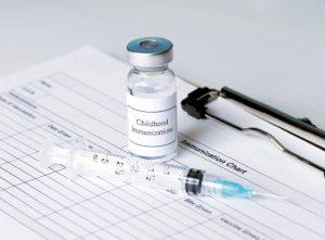 Прививки: для чего они нужны взрослым, что будет, если от них отказаться